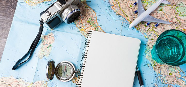 Top 10 essential applications for traveling